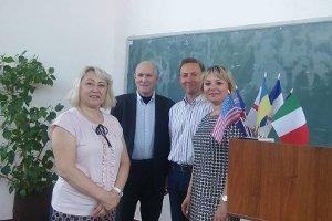 В  СумГПУ им. А. С. Макаренко прошло награждение участников англоязычного конкурса