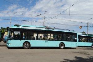 По городу Сумы уже курсируют новые троллейбусы