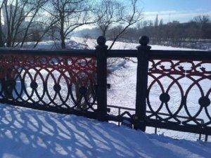 В Сумах повредили Харьковский мост