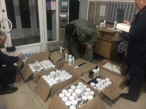 На Сумщине таможенники остановили контрабанду лекарств и БАДов на 270 тыс. гривен