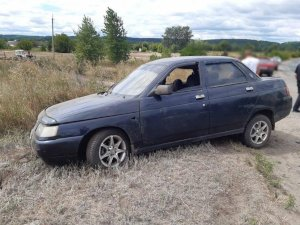 На Ахтырщине перевернулась машина с 4 людьми