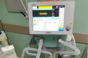 Сумская областная больница все-таки получила «застрявшие» в Стамбуле аппараты ИВЛ