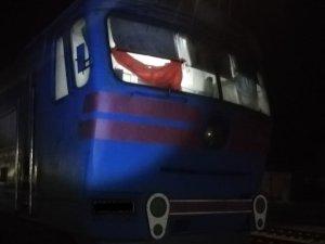 Поезд «Киев-Сумы» переехал человека. Устанавливается личность погибшего