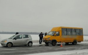 В ДТП под Сумами попала маршрутка: пострадали 4 человека
