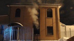 В Сумах горел двухэтажный дом родителей экс-депутата Калиниченко