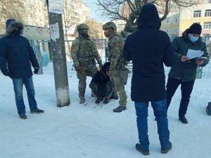 В Сумах задержали бывшего военного,  который торговал взрывчаткой из ООС