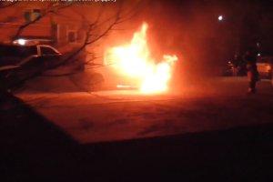 В Сумах сгорел автомобиль Renault