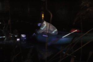 В Сумах спасатели вытаскивали из Псла мужчину,  провалившегося под лед