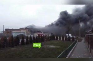 В Сумах пожар на складах возле «Роны»