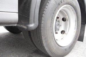 Житель Сумщины погиб под колесами собственного авто