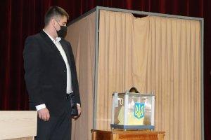 В Сумах на должность секретаря горсовета избрали Олега Резника