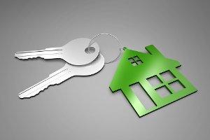 В Шостке двум сиротам вручили ключи от квартир