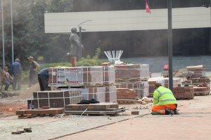 Открытие Театральной площади после реконструкции намечено на 9 октября