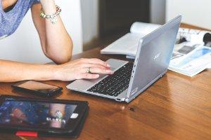 Родители учеников недовольны новым проектом «Онлайн-школа»