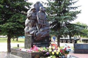 В городе Сумы ремонтируют Мемориал «Погибшим воинам-интернационалистам»