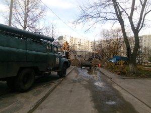 Из-за порыва водопровода по ул. Героев Крут ряд домов остался без воды