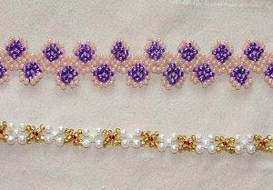 Не менее распространенным является плетение фенечек из бисера цепочками в один крестик.  Это очень просто.