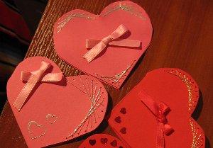 Как оформить валентинку своими руками