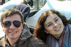 Дмитрий Комаров приземлился на аэродроме в Сумской области