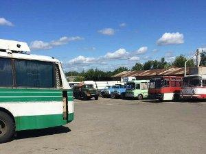В Сумах суд отменил арест нелегальной передвижной заправки