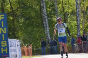 Сумчанин выиграл летний чемпионат Украины по биатлону