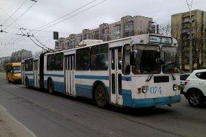В Сумах ввели бесплатный проезд школьников в коммунальном транспорте